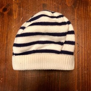 Baby Gap knitted hat size 3 Months